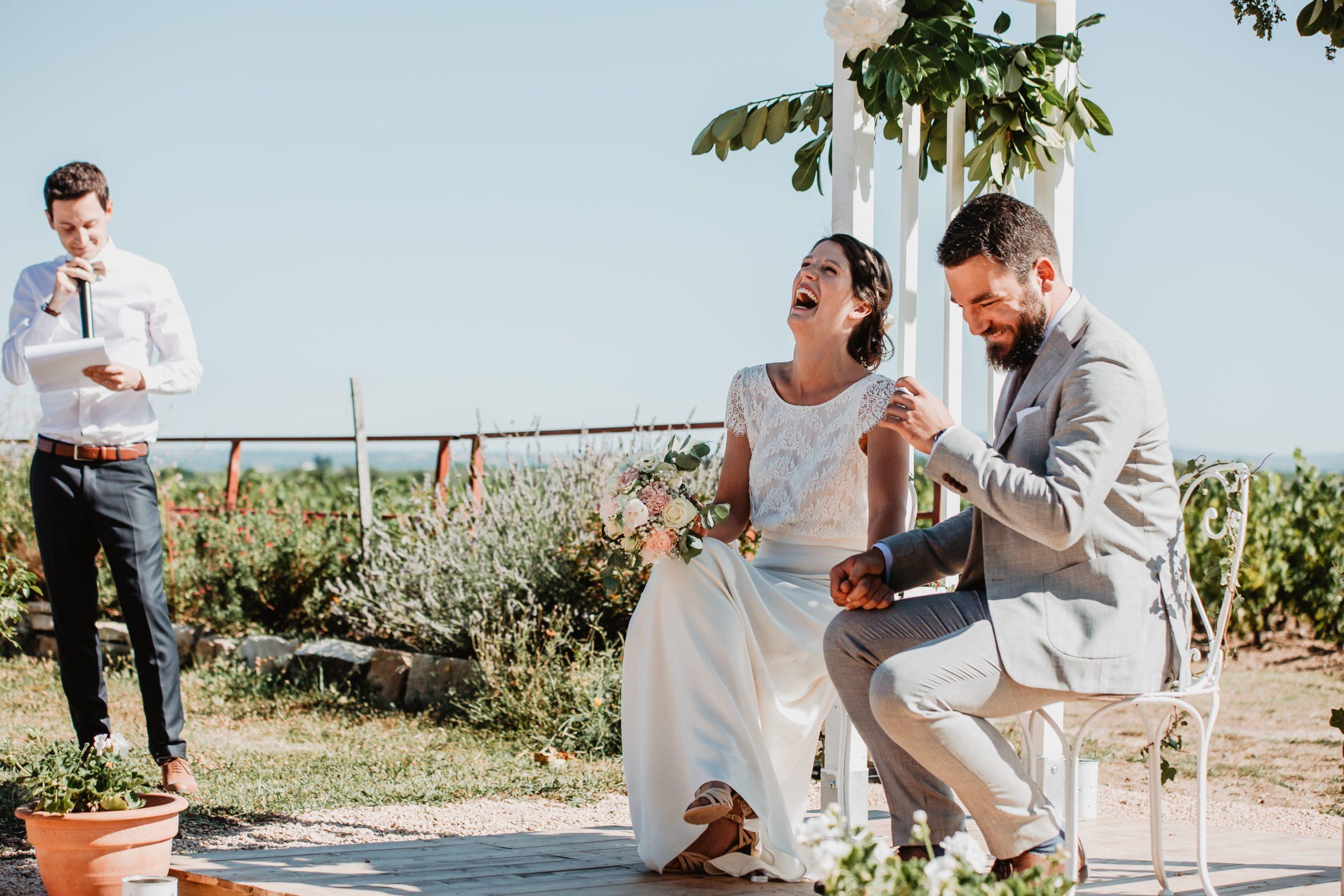 cérémonie laïque mariés