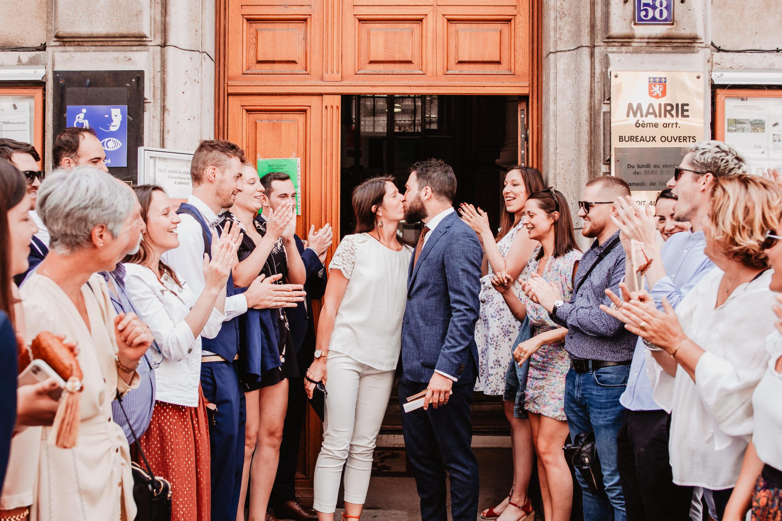 sortie des mariés mairie lyon 6