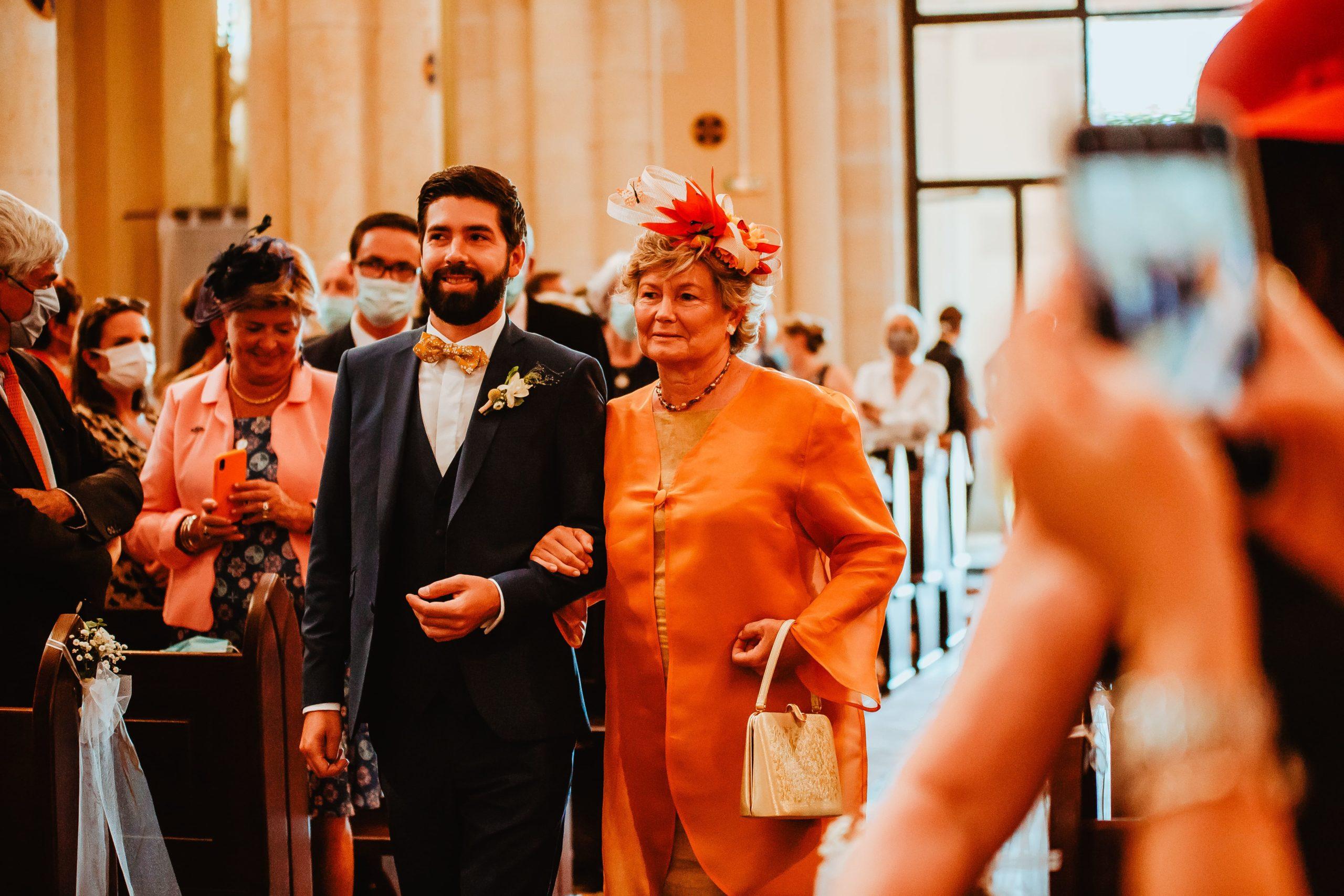arrivé marié avec maman église