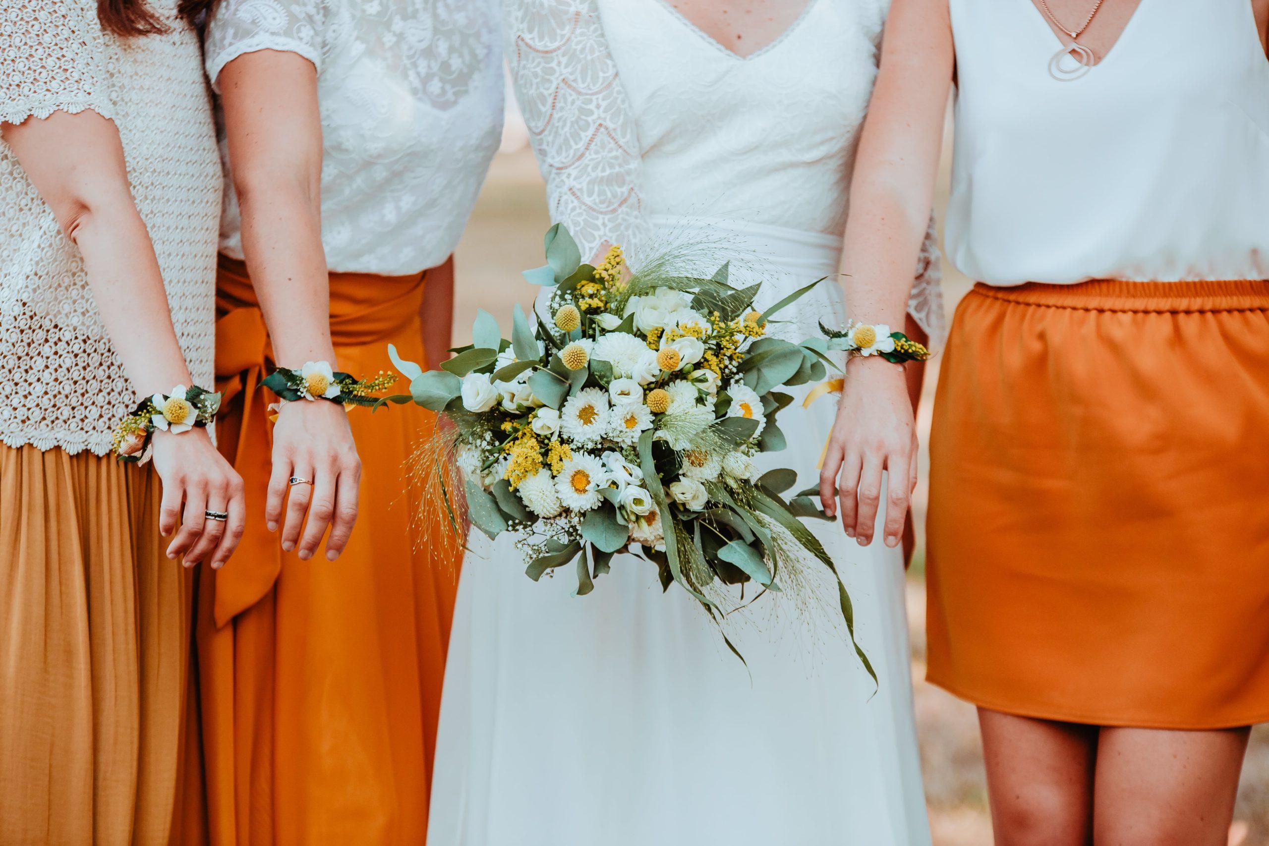 bouquet et bracelet témoins